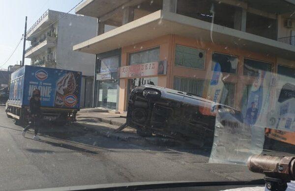 Τροχαίο ατύχημα στο κέντρο της Αλιάρτου